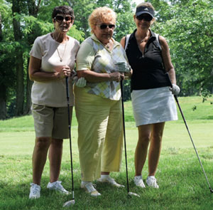 Golfers at the Swingin' Fore Theresa Golf Outing